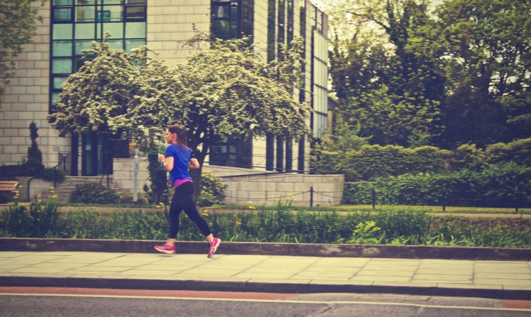 Aerobic vs Anaerobic Exercise - What is The Difference & Benefits